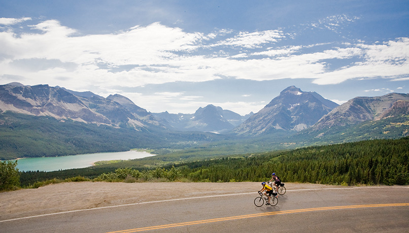 Bglq-glacier-waterton-biking